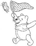 Coloriage Winnie l'ourson à la chasse aux papillons